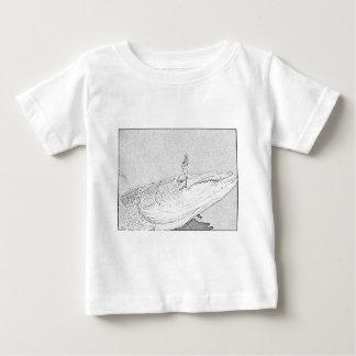 Pike auf einem Köder Baby T-shirt