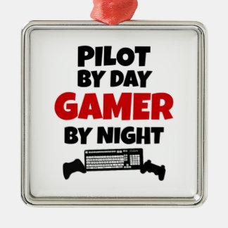 Pilot durch TagesGamer bis zum Nacht Silbernes Ornament