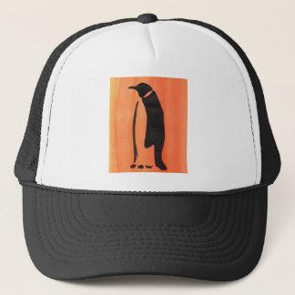 Pinguin auf Orange Truckerkappe
