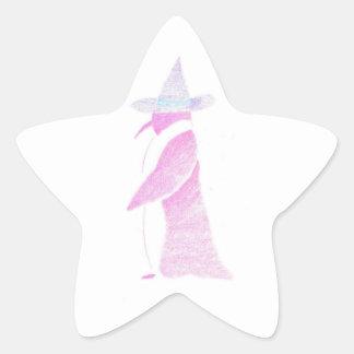 Pinguin im Hut einer Hexe Stern-Aufkleber