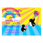 Pinguine mit Eiscreme und Balloneinladung Personalisierte Einladungskarten