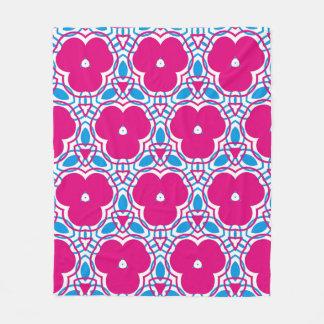 Pink bloom pattern fleecedecke