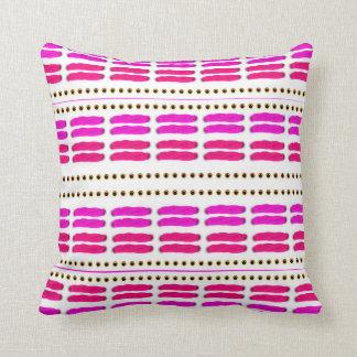 Pink knitting kissen