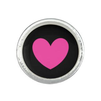 Pinkfarbene rosa Polkaherzen auf Schwarzem Ring