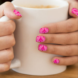 Pinkfarbenes weißes abstraktes 4Carmen Minx Nagelkunst