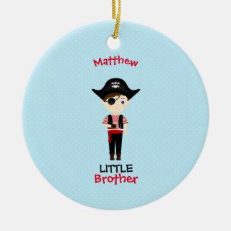 Piraten-Jungen-kleiner Bruder Rundes Keramik Ornament