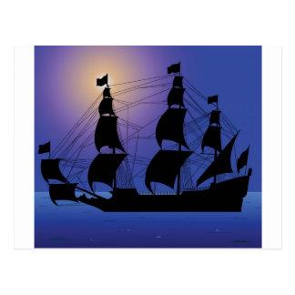 Piratenlebenschiff in Meer Postkarte