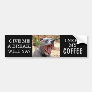 Pitbull gähnender Bedarfs-Kaffee-Autoaufkleber Autoaufkleber