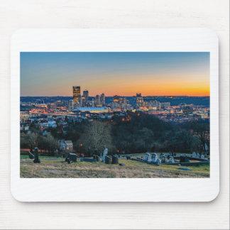 Pittsburgh-Skyline am Sonnenuntergang Mousepad