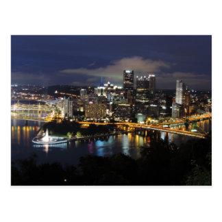 Pittsburgh-Skyline an der Dämmerung Postkarten