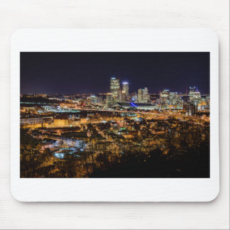 Pittsburgh-Skyline nachts Mousepad