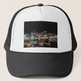 Pittsburgh-Skyline nachts Truckerkappe