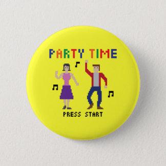 Pixel-Kunst-Party-Zeit-Knopf Runder Button 5,7 Cm