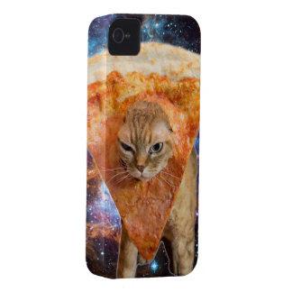 Pizza-Katze in Raum-tragender Pizza-Scheibe iPhone 4 Hüllen