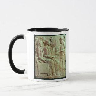 Plakette, die, c.450 BC anbieten darstellt Tasse