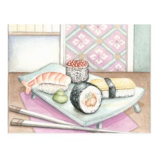 Platte der sortierten Sushi mit Essstäbchen Postkarte