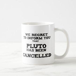 Pluto annullierte kaffeetasse