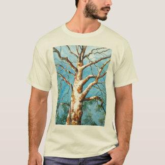PMACarlson Platane-Baum mit einem T-Shirt