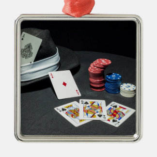 Poker kardiert Gangsterhut Quadratisches Silberfarbenes Ornament