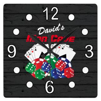 Poker-Nacht an der Mann-Höhle Quadratische Wanduhr