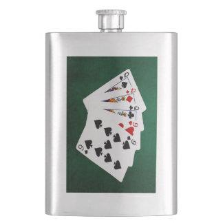 Poker übergibt - volles Haus - Königin und neun Flachmann