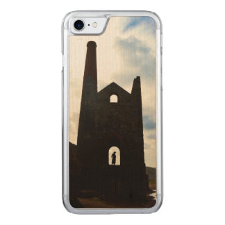 Poldark Land-Bergwerk ruiniert Cornwall England Carved iPhone 8/7 Hülle