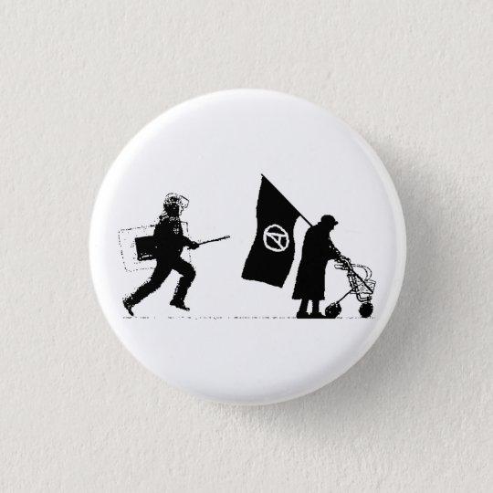 Police & Granny Runder Button 3,2 Cm