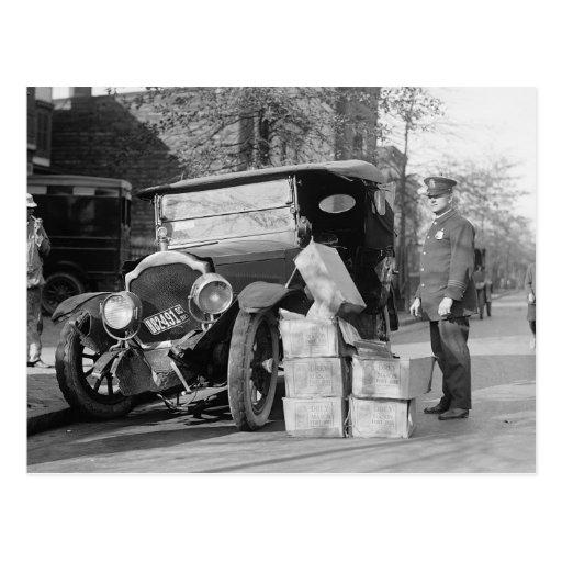 Polizei nimmt Schwarzhändler Car, 1922 gefangen Postkarte
