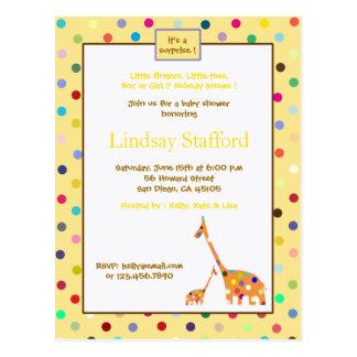 Polks Punkt-Giraffen-Babyparty lädt ein (Gelb) Postkarte