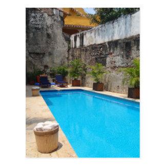 Poolside in Kolumbien-Postkarte Postkarte