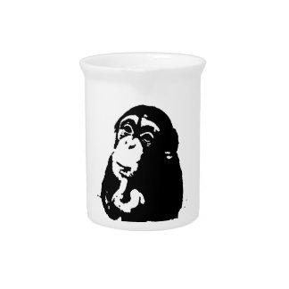 Pop-Kunst-denkender Schimpanse Krug