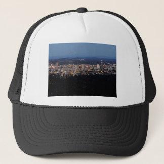 Portland-Skyline an der Dämmerung Truckerkappe