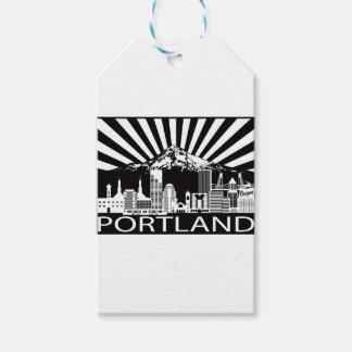 Portland-StadtSkyline und Berg-Haube Schwarz-weiß Geschenkanhänger