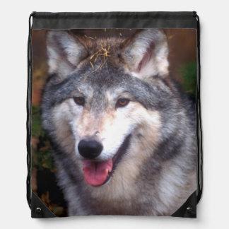 Porträt eines grauen Wolfs Sportbeutel