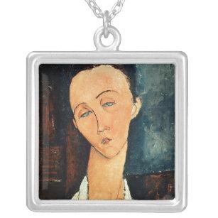 Porträt von Lunia Czechowska, 1918 Versilberte Kette