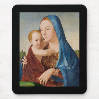 Porträt von Mary Baby Jesus halten Mousepad