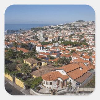 Portugal, Madeira-Insel, Funchal. Drahtseilbahn Quadratischer Aufkleber
