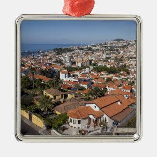 Portugal, Madeira-Insel, Funchal. Drahtseilbahn Quadratisches Silberfarbenes Ornament