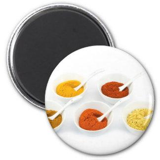 Porzellanschüsseln und -löffel mit verschiedenen runder magnet 5,7 cm