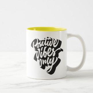 Positive Vibes-Tasse Zweifarbige Tasse