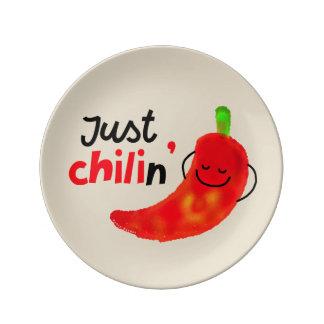 Positives Chili-Pfeffer-Wortspiel - gerade Chilin Teller