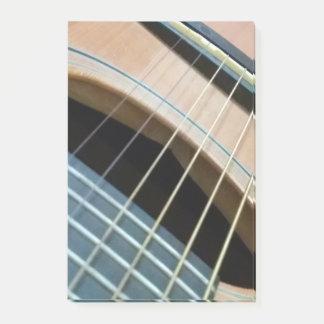 Post-ItNotizblock mit Gitarrenbild in der Farbe Post-it Klebezettel