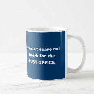 Postangestelltermailman-Briefträger Tasse