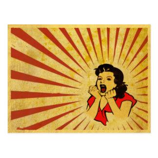 Postkarte mit dem coolen Vintagen roten Kleidermäd