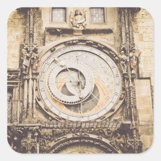 Prag, astronomische Uhr der Tschechischen Republik Quadratischer Aufkleber