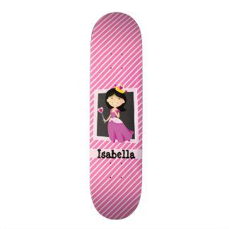 Prinzessin mit lila Kleid; Rosa u. weiße Streifen Personalisierte Skateboards