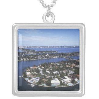 Private Inselhäuser von Biscayne Bucht, Stern Versilberte Kette