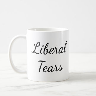 Pro-Trumpf zerreißt lustige konservative Kaffeetasse