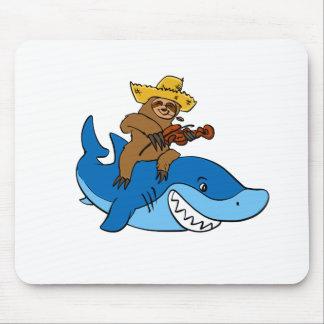 Provinzler-Trägheit angebracht am Haifisch Mauspad