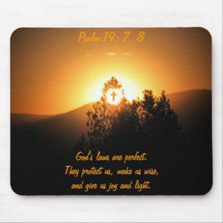Psalm19: 7, die 8 Gesetze des Gottes sind perfekt Mousepad